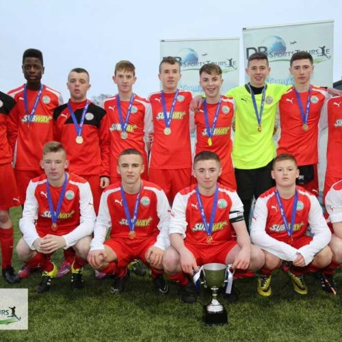 cliftonville-u15s-champions-cup-2015-winners-800x682